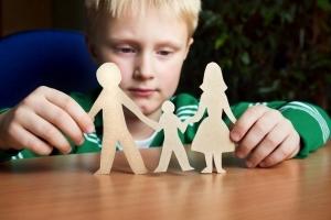 Временная опека над ребенком без лишения родительских прав: выплаты, документы в 2020 году