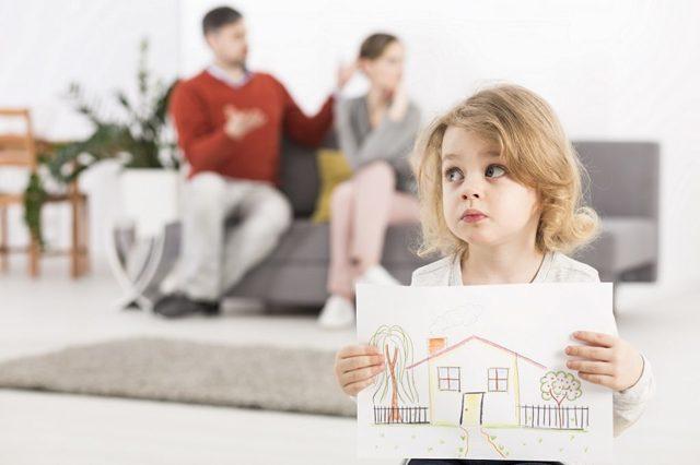 Усыновление ребенка жены от первого брака в 2020 году: условия, порядок действий, документы