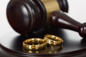 Как оставить детей с отцом при разводе? Что для этого нужно?