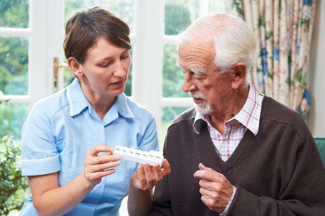Опекун для пенсионера после 80 лет сколько платят