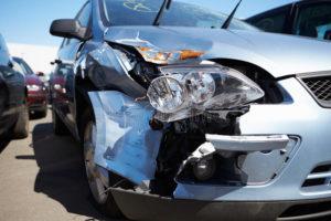 Повредили машину на автомойке: что делать, как возместить ущерб