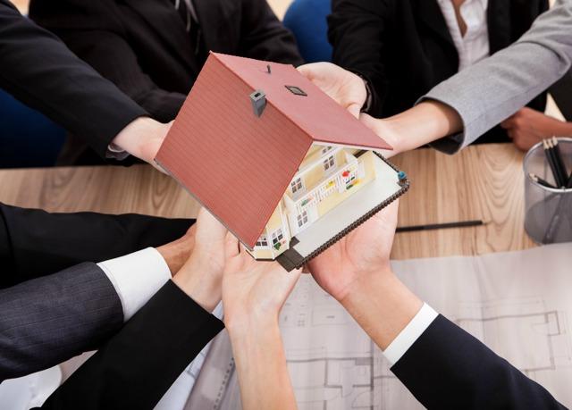 Можно ли и как продать долю в квартире без согласия других собственников в 2020 году?