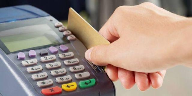 Возврат денежных средств покупателю по безналичному расчету: сроки по закону, образец