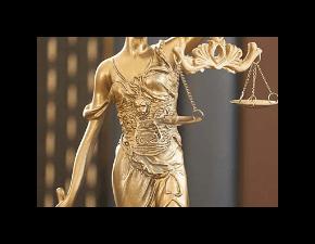 Незаконное увольнение с работы: что делать и куда обращаться уволенному работнику